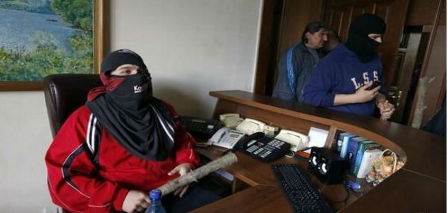 Luhansk separatists seize the state buildings