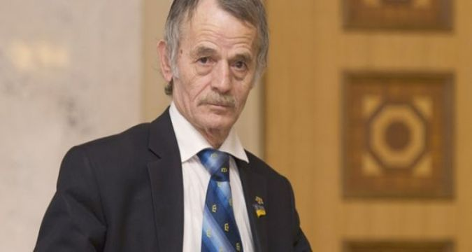 Dzhemilev and Ametov received awards for service to Crimean Tatar people
