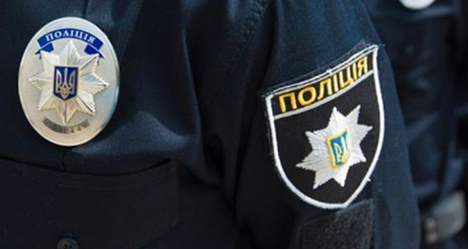 Policemen come under fire in downtown Drogobych