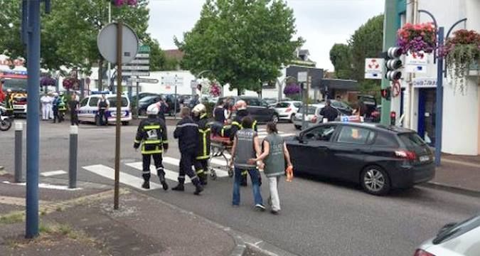 Hostage-taking in French church: Priest was killed