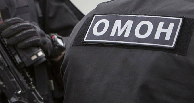SWAT broke into mosque in Simferopol  to search