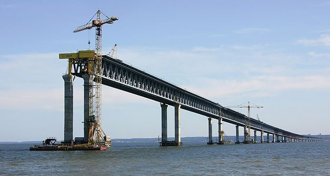 Medvedev admitted Russia hardly finds money for Kerch bridge