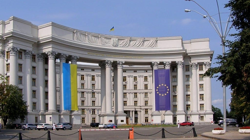 MFA commented on attack of Russian fighters on Ukrainian aircraft