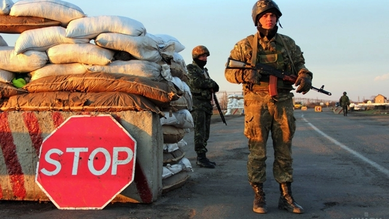 Border guards detained repentant defector from Crimea