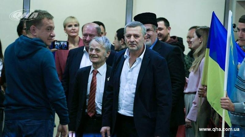 Umerov and Chiygoz arrived in airport Borispil