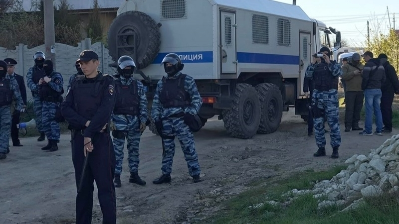 Crimean Tatar detained after searches in occupied Crimea