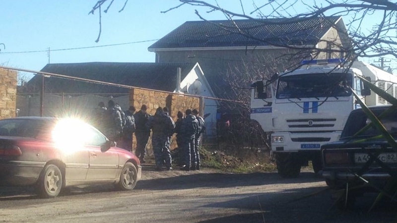 Invaders broke into house of Crimean Tatars in early morning