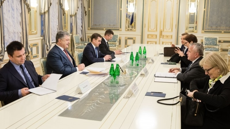 Poroshenko discussed peacekeepers in Donbas with Tillerson's deputy