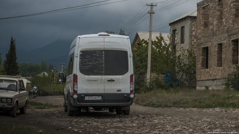 Occupiers massively searching Crimean Tatars' homes