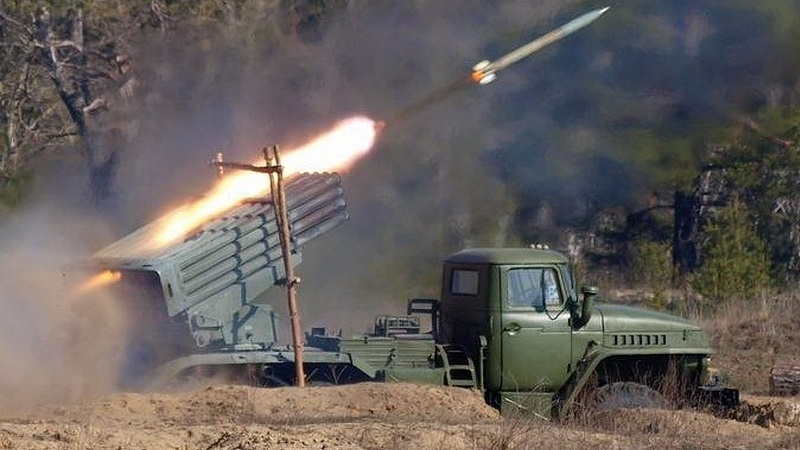 Militants firing JFO positions from Grads, grenade launchers and infantry fighting vehicles